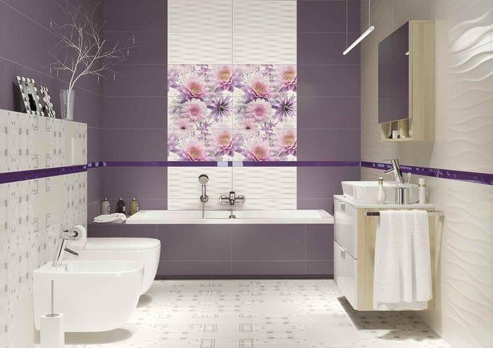 вариант красивого декора укладки плитки в ванной комнате