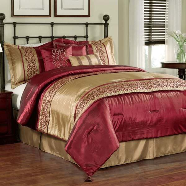 Пример постельного белья размера евро из льна