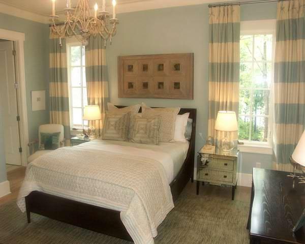 Занавески оригинальной расцветки в спальню