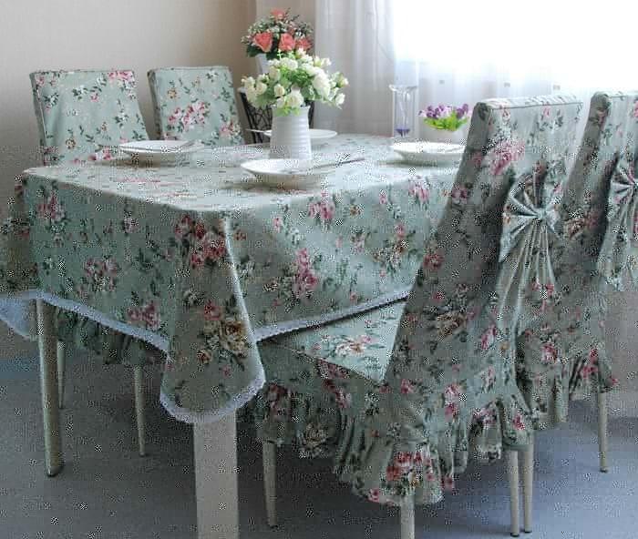 Чехлы с цветами на стулья для кухни