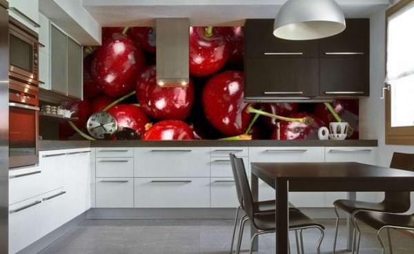 Фотообои с изображением вишни для кухни