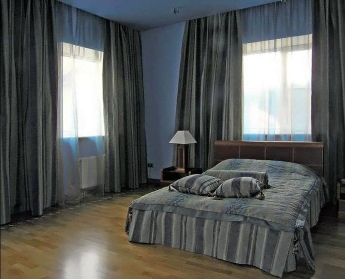 Занавески серого цвета в спальню