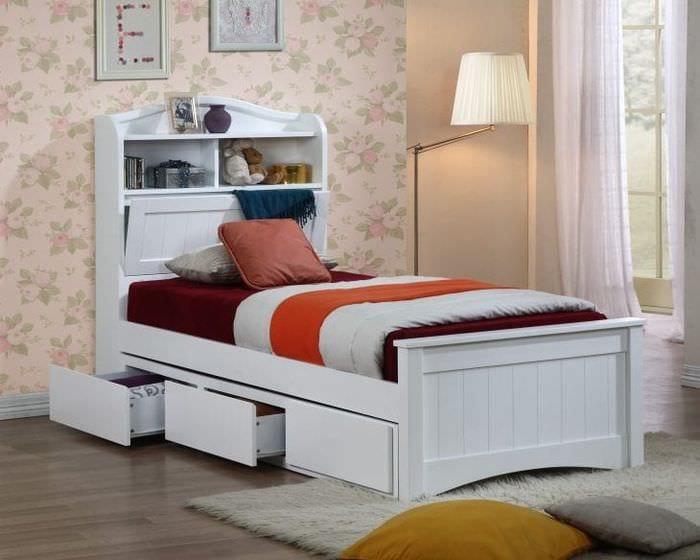 кровать двуспальная с ящиками для хранения фото