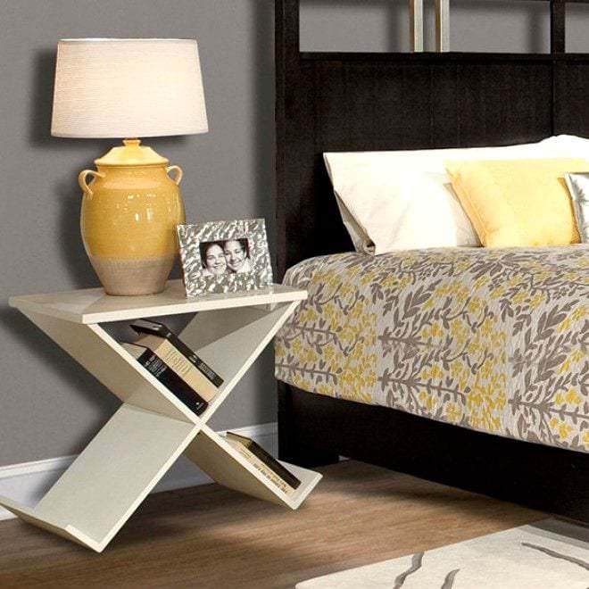 Столик для спальни своими руками
