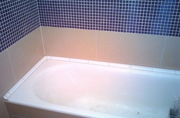 плинтус в ванной комнате