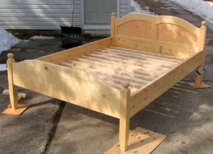 Детская кроватка из дерева своими руками для просторной спальни