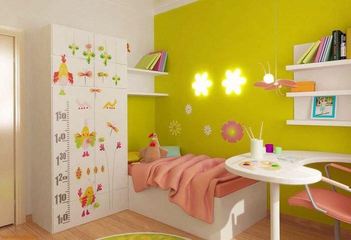 Фотообои постельных тонов для современной детской комнаты