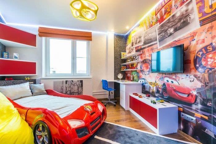 Совтременный стиль детской комнаты для мальчика - автомобилиста