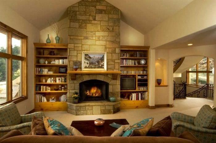 Ремонт гостиной с камином своими руками 43