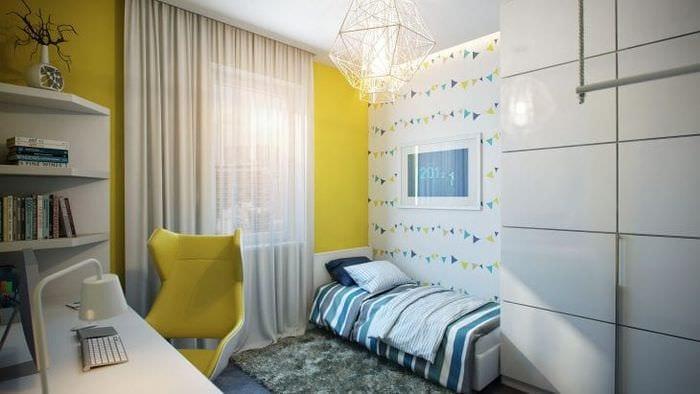 Необычный дизайн обоев для детской комнаты с высокими стенами для девочек