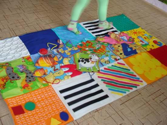 Фото развивающего коврика для дошкольника