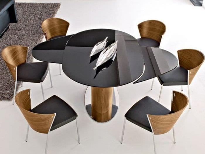 Стол – трансформер для современной гостиной