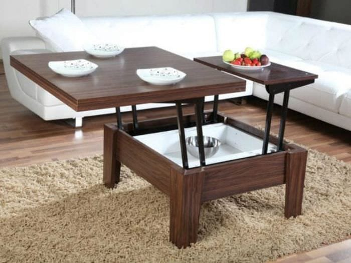Функциональная планировка пространства гостиной с помощью стола – трансформера
