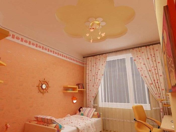 Детская комната светлых тонов с натяжным потолком
