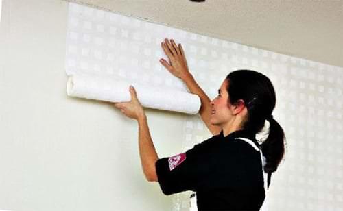 Легкий способ грунтовки стен перед поклейкой обоев!