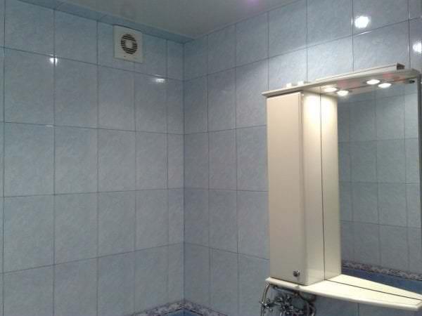 обязательный атрибут ванной это вытяжной вентилятор