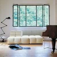 белый диван в дизайне гостиной фото