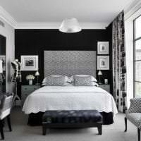 черные обои в дизайне комнаты в стиле футуризм фото