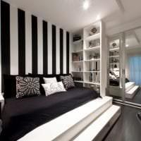 черные обои в интерьере комнаты в стиле электика картинка