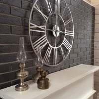 деревянные часы в спальне в стиле эко фото