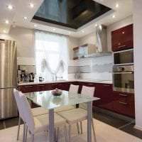красивый черный потолок в интерьере квартиры фото