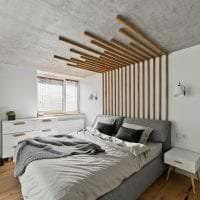 интерьер потолка с раствором бетона в спальне фото