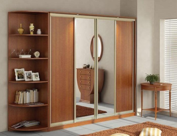 интерьер шкафа в спальне из дерева