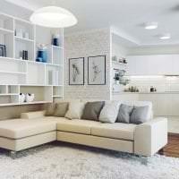 темный угловой диван в стиле спальни фото