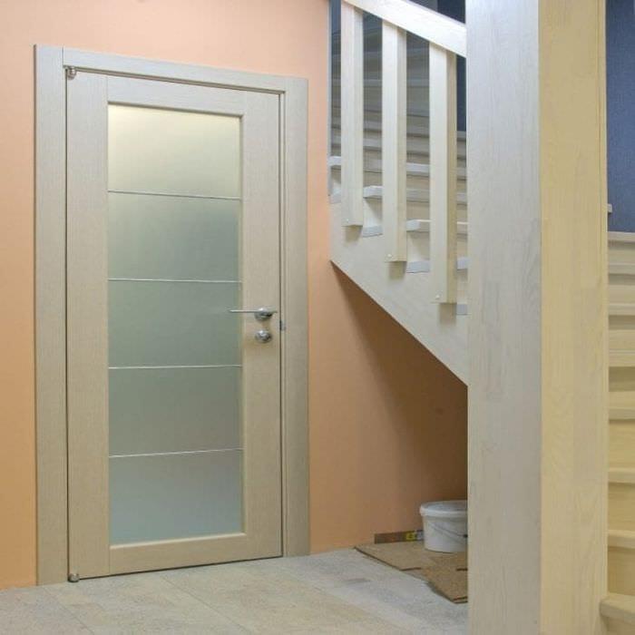 Двери из массива дуба- dveriunasru