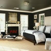 натяжной черный потолок в декоре прихожей картинка