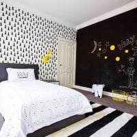 красивый интерьер спальни в черном цвете фото
