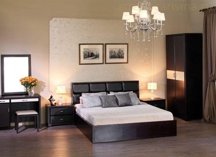 светлый дизайн спальни в различных тонах
