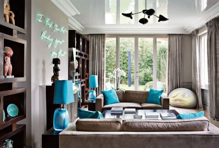 яркий интерьер квартиры в бирюзовом цвете