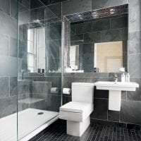 необычный декор ванной комнаты с душем в ярких тонах картинка