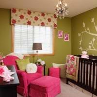 светлый дизайн квартиры в цвете фуксия фото