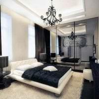 необычный декор квартиры в черном цвете фото