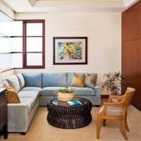 кожаный угловой диван в интерьере коридора фото