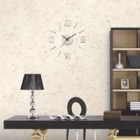 металлические часы в спальне в стиле эко фото