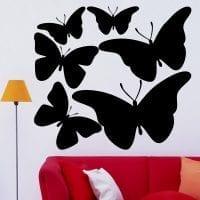 красивые бабочки в декоре комнаты картинка