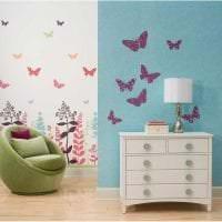 необычные бабочки в стиле детской картинка