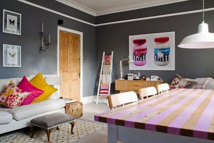 яркий интерьер спальни в стиле эклектика