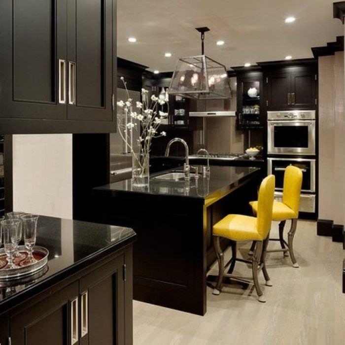 Черные кухни в интерьере реальные фото