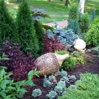 шикарный ландшафтный декор сада в английском стиле с деревьями картинка
