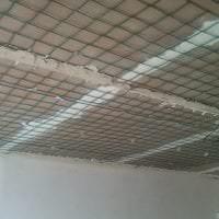 стиль потолка с раствором бетона в доме картинка