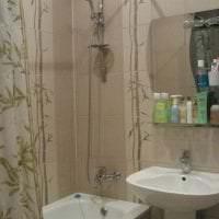 жалюзи с бамбуком в интерьере комнаты картинка
