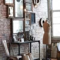интерьер квартиры в стиле стимпанк с деревянным паркетом фото