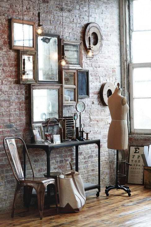 Old fashioned home accessories 9