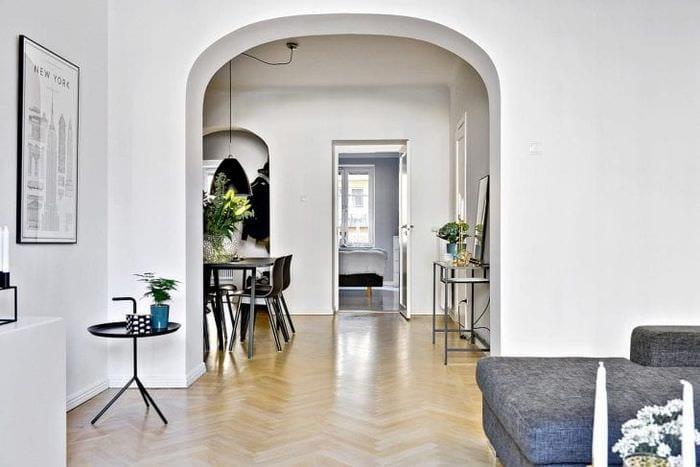 яркая арка в стиле коридора