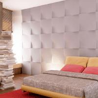 светлая гипсовая 3д панель в спальне фото