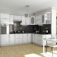 красивый дизайн белой кухни с оттенком желтого фото